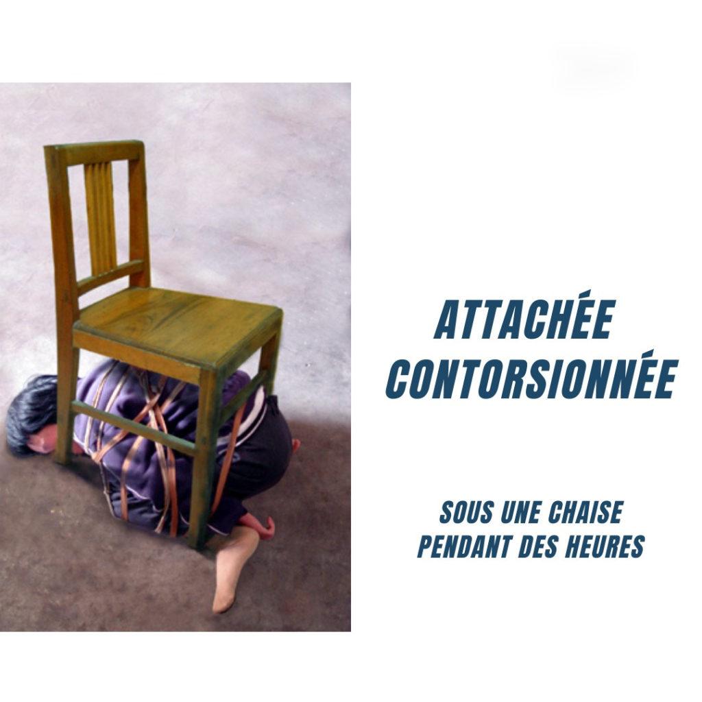 torture : attaché et contorsionné
