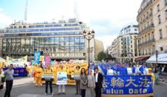 marche du Falun Gong contre le terrorisme d'état